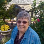 Lois Liggett (Wendling)